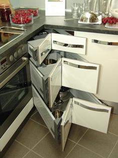 AVL 24 - Küche Online kaufen | ausstattung | {Eckschrank küche auszug 27}